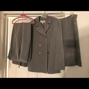 Jacket, skirt and pants suit